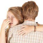 その体臭、ストレスや食べ物が原因かも…内臓機能の低下の可能性も?